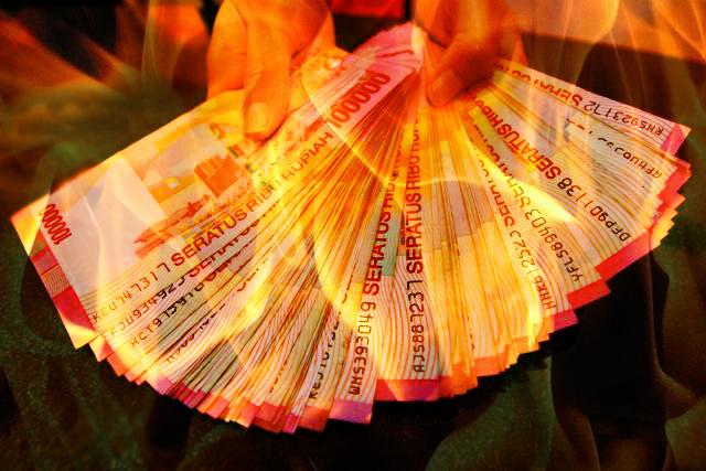 rupiah melemah akibat orang kaya